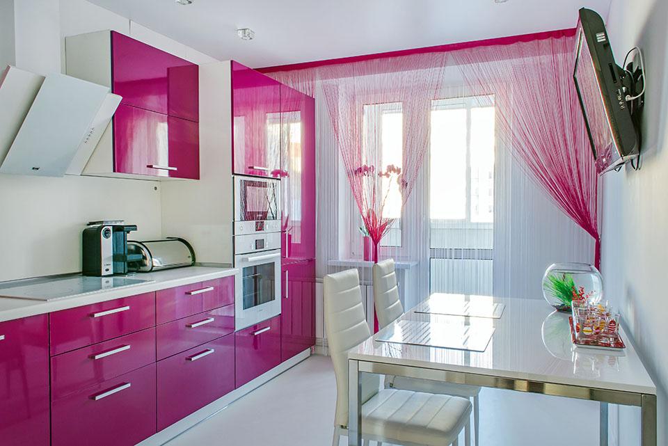 Розовая кухня в интерьере фото