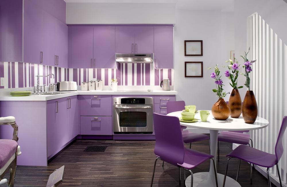 Кухня в сиреневом стиле