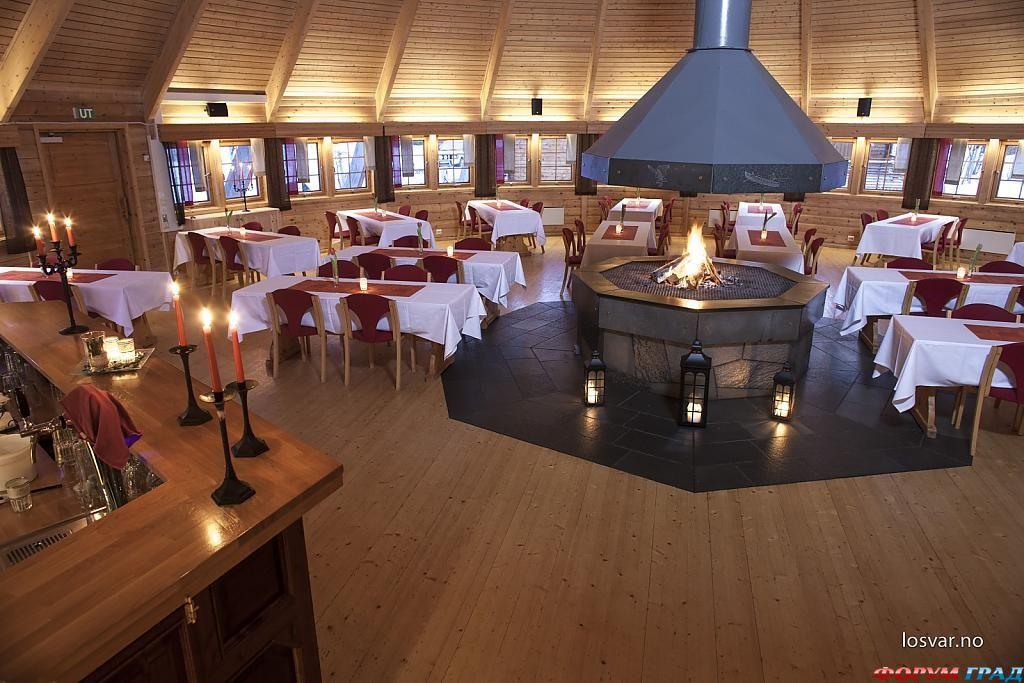 Ресторан в отеле Sorrisniva Igloo