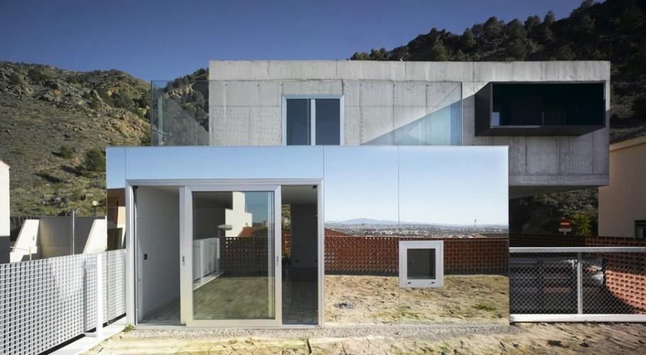 Параллелепипед в архитектуре: строгая геометрия и необычная отделка дома