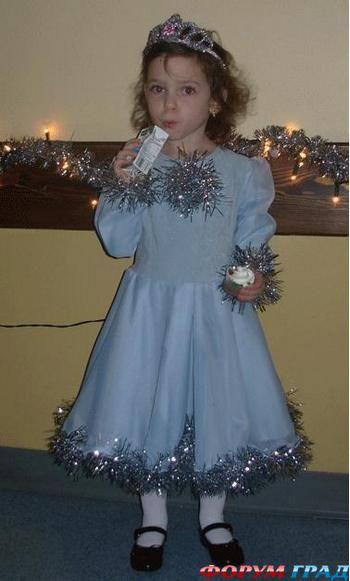 Платье для снежинки как украсить платье