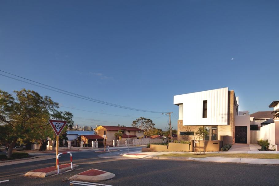 Matthews mcdonald architects - Maison south perth matthews mcdonald architects ...