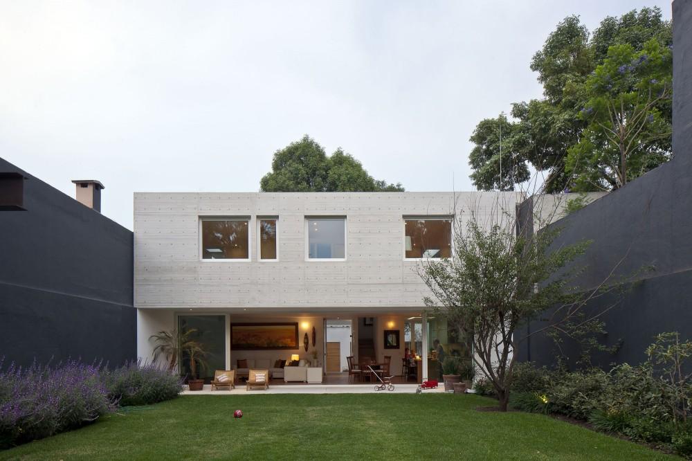 Современные дома: проекты в стиле модерн с террасами от мексиканского архитектора