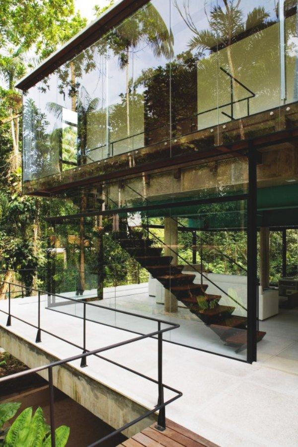 Дизайн роскошного дома мечты со стеклянными фасадами