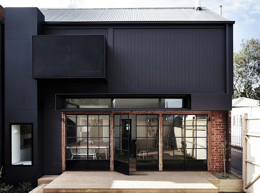 Входные двери шикарного дома Edwardian Redbrick в Мельбурне