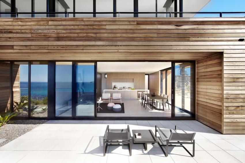 Терраса загородного дома на побережье Нового Южного Уэльса