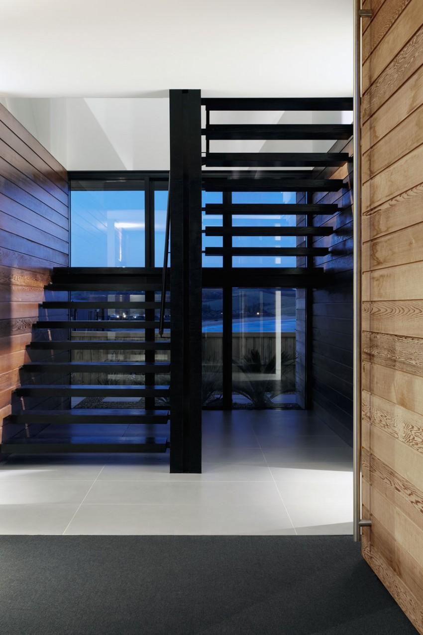 Лестница загородного дома на побережье Нового Южного Уэльса