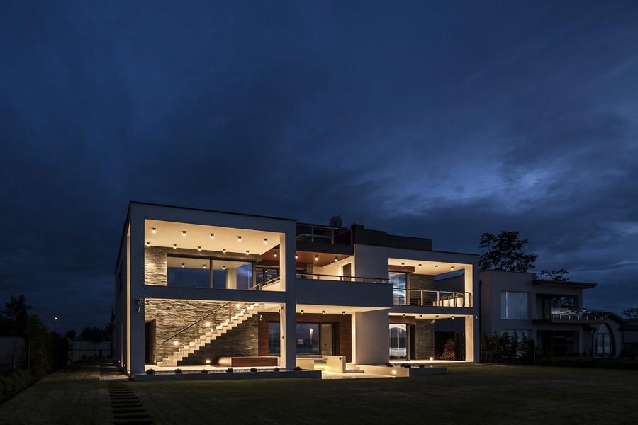 Дом на берегу озера: фото большого летнего дома у Балатона