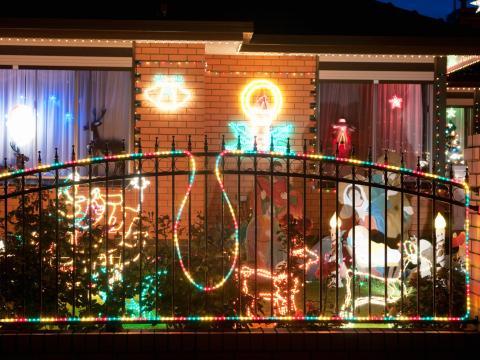 Краетивное новогоднее оформление балкона: в томительном ожидании рождественского чуда - О калейдоскопичном Новом годе ждем весел