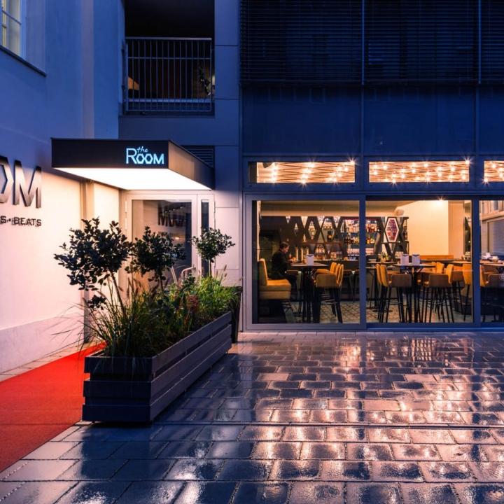 Дизайн кафе The Room