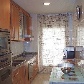 Кухни вытянутые фото дизайн