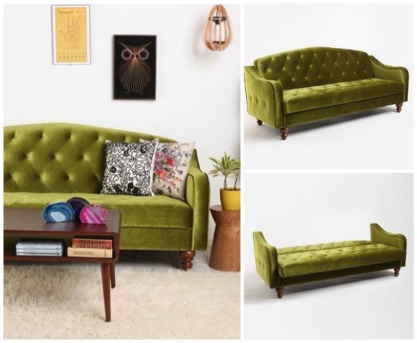 Стильный зелёный диван в интерьере гостиной