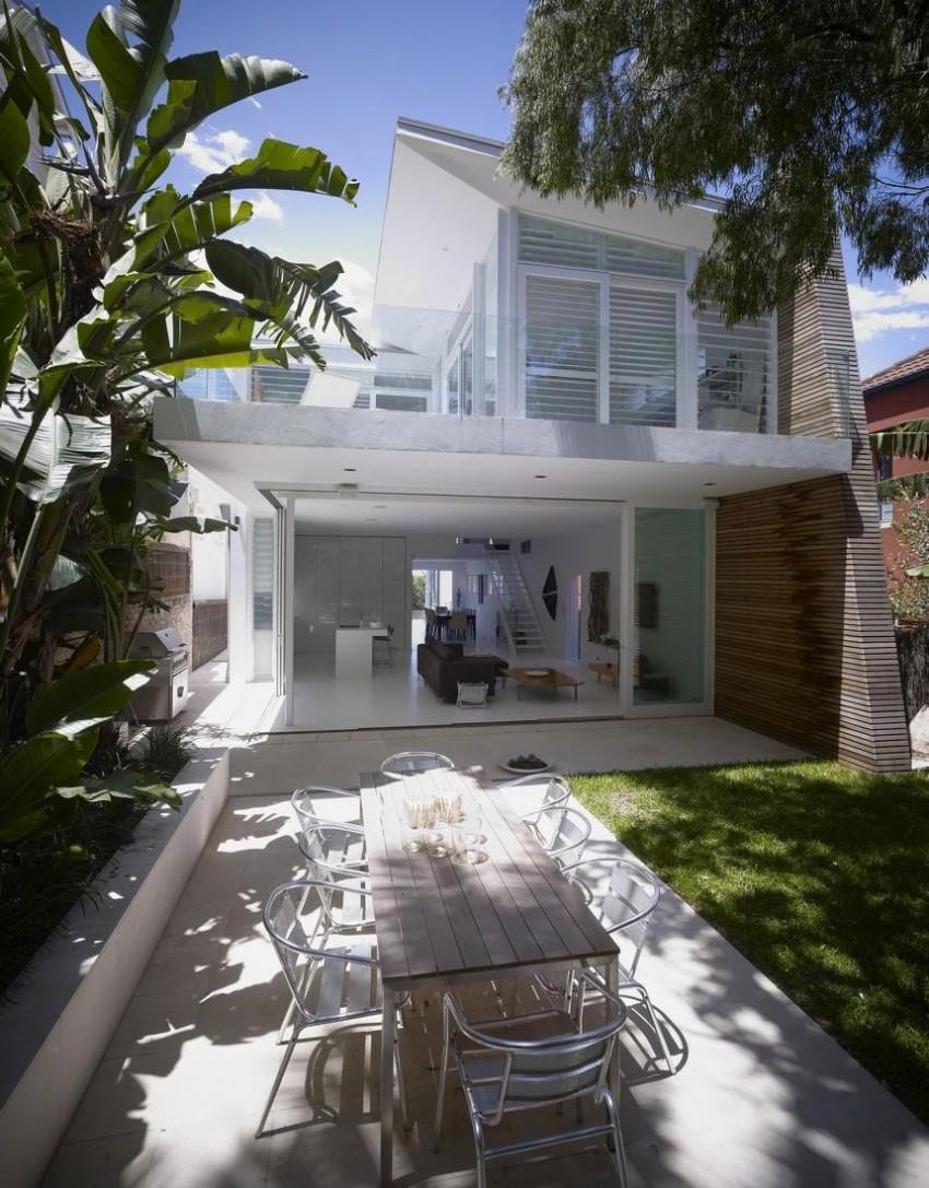 Дом у океана: лёгкий коттедж Tamarama в Австралии
