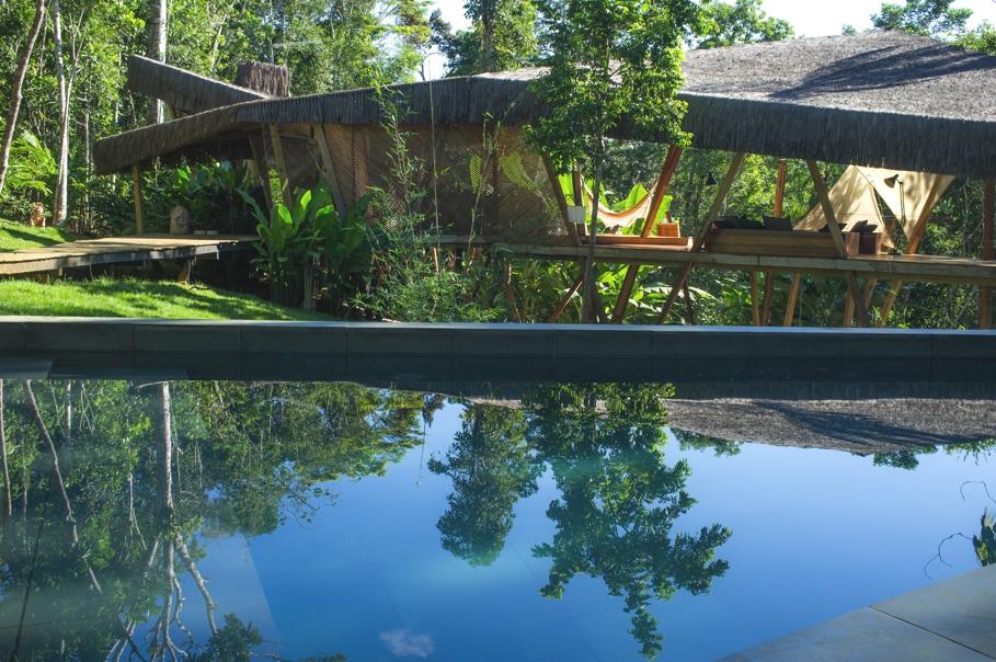Нестандартный дом для отдыха: тропическая вилла Kabru в Бразилии