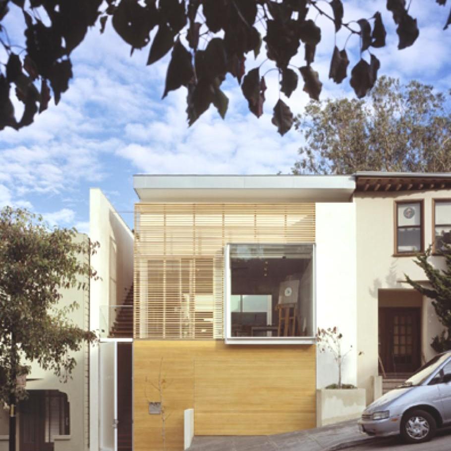 Американские дома: просторный особняк с простым интерьером