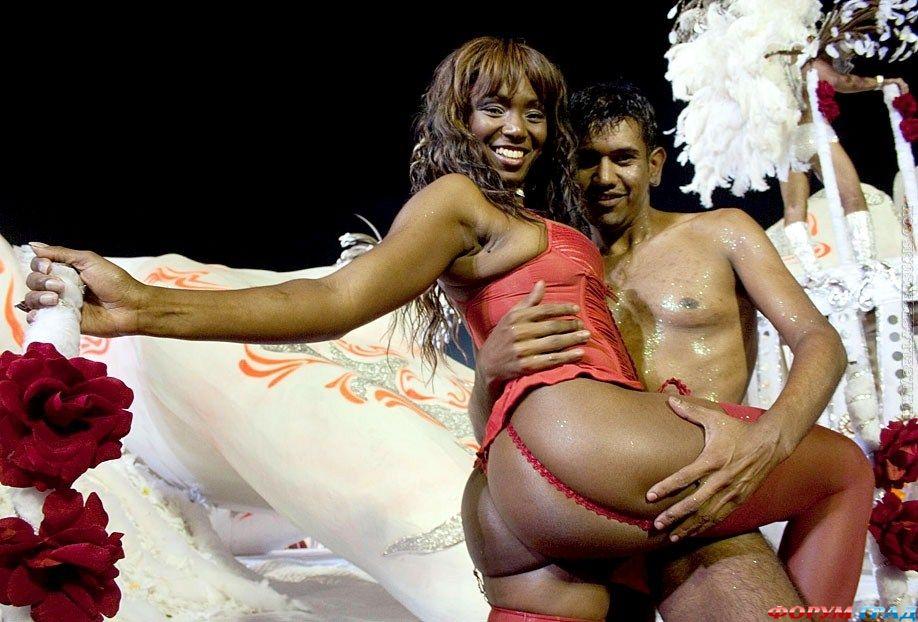 karnaval-braziliya-erotika
