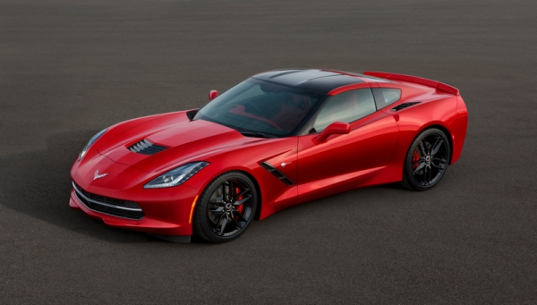 Автомобиль Chevy Corvette C7 Stringray 2014