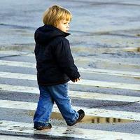 улица и ребенок