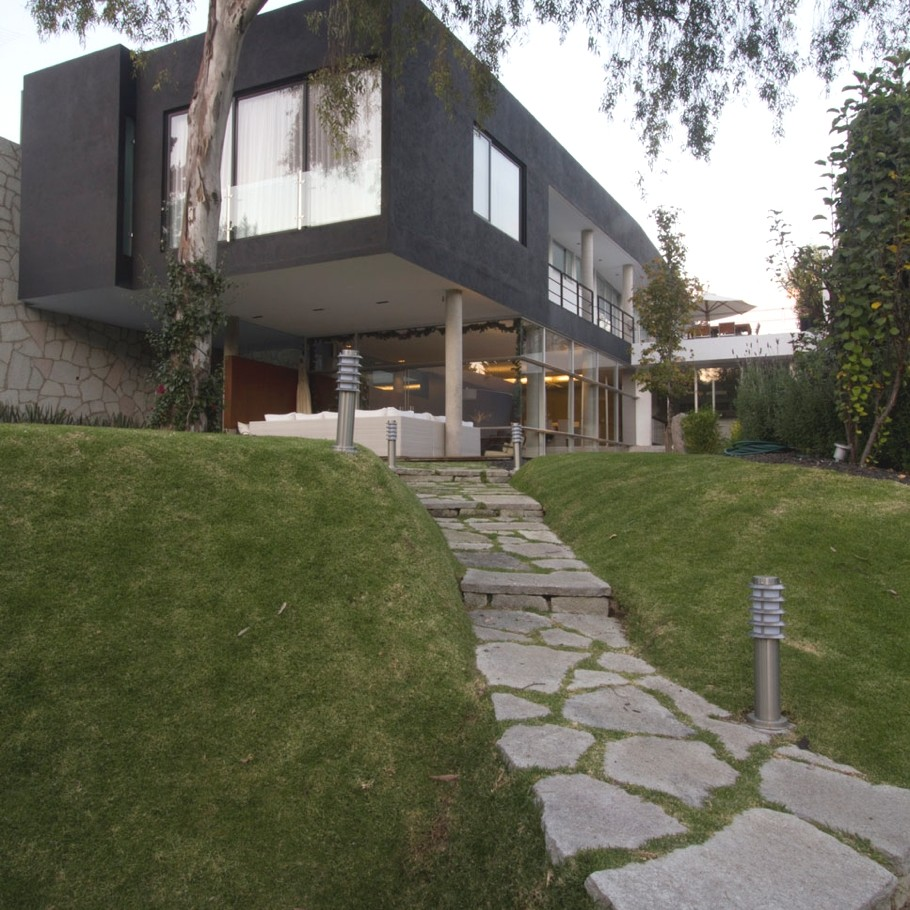 Интерьер и экстерьер дома Block House в необычном стиле