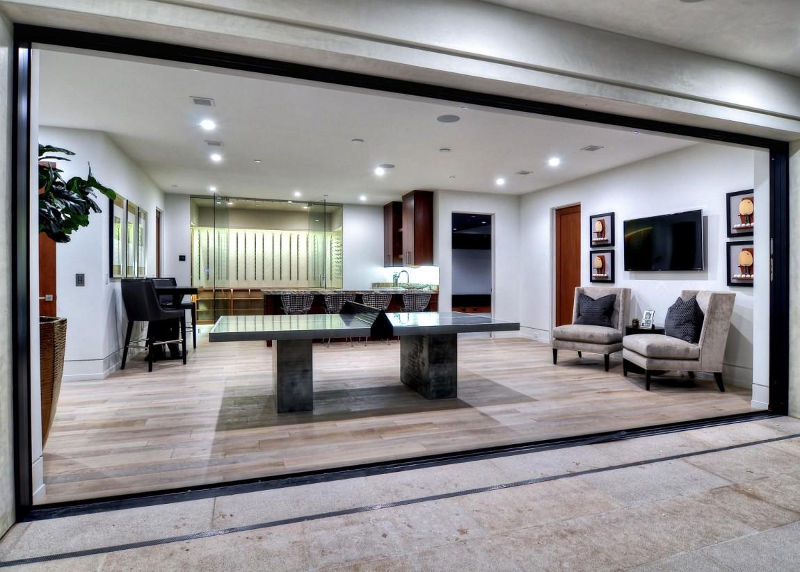 Дизайн интерьера двухэтажного дома: хай-тек и ар-деко в гармоничном содружестве