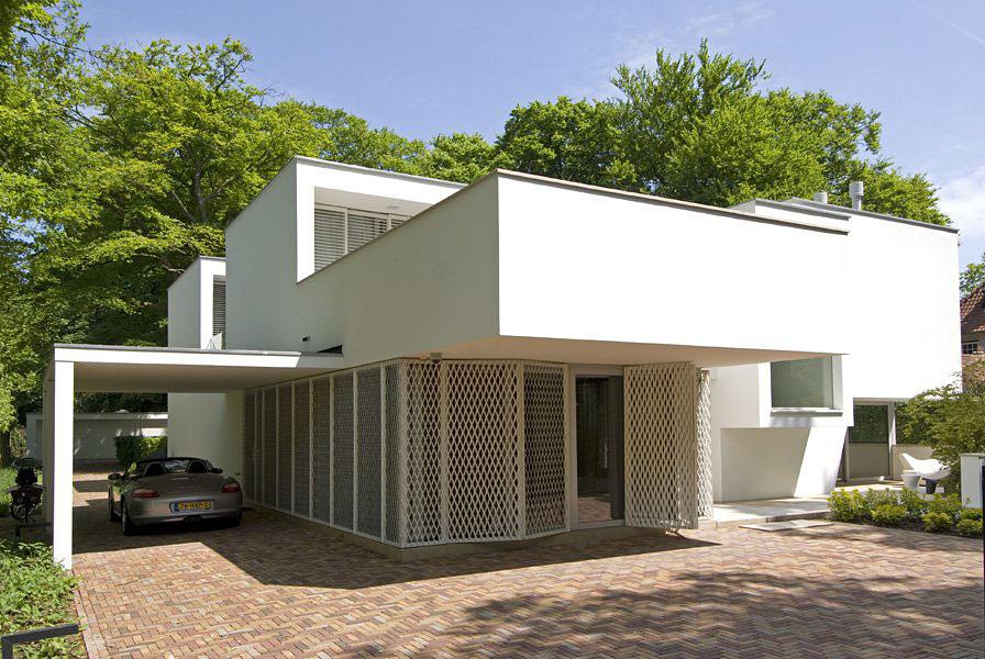 Авторские дома: конструктивистский особняк от знаменитого архитектора из Нидерландов