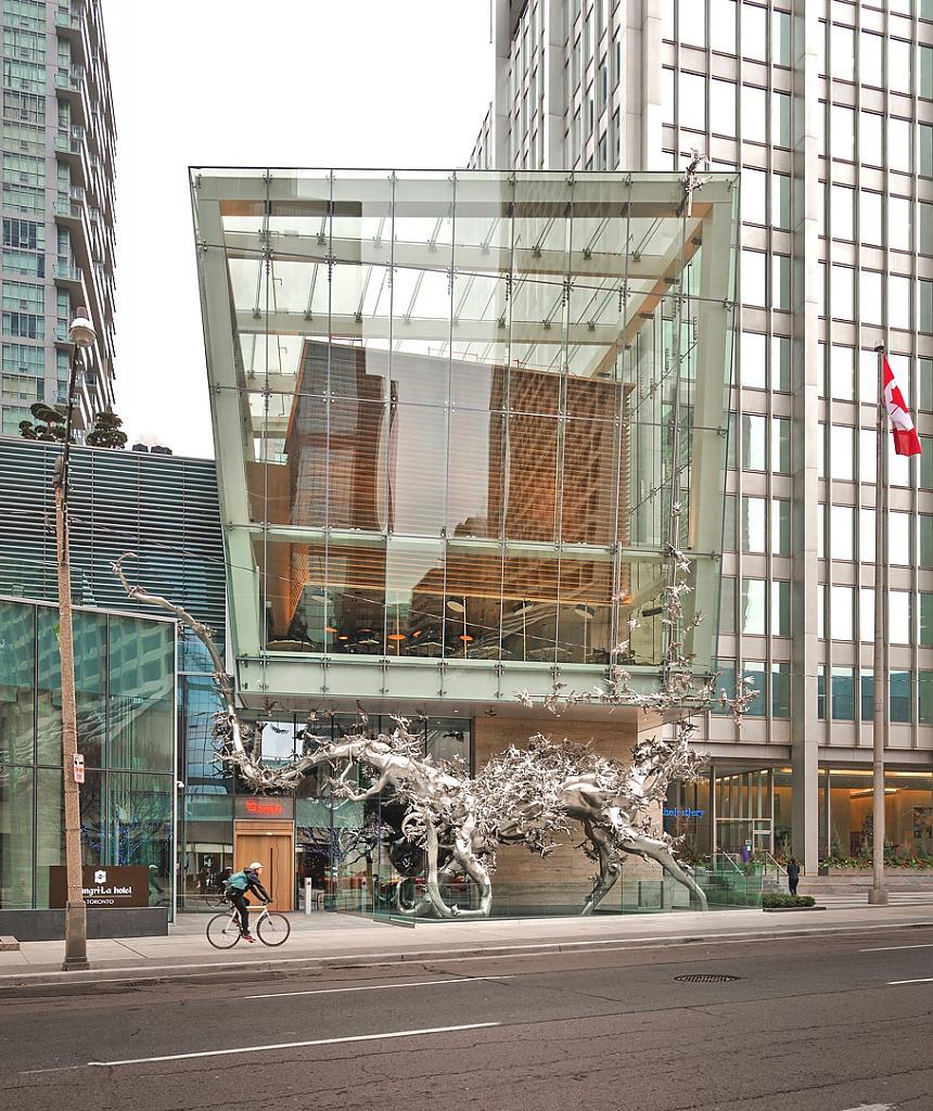 Ресторан Momofuku в Торонто, Канада