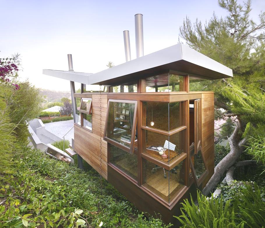 Нестандартный дом для отдыха: компактный Banyan Treehouse с необычной крышей