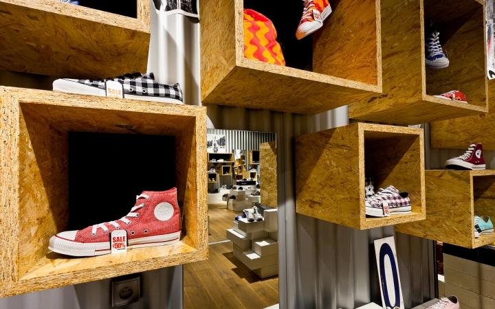 Обувной магазин SOUL в Варшаве